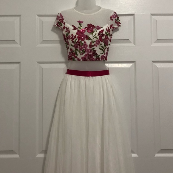 TLC Say Yes to the Prom Dresses & Skirts - Gorgeous hot pink & white prom dress